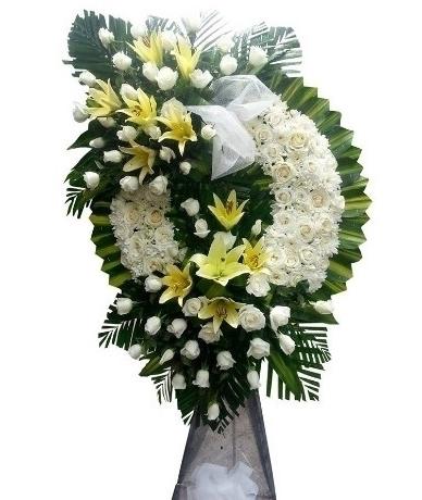 Vòng hoa Chia buồn đám tang hoa cúc trắng có ý nghĩa gì?