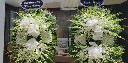 Với hoa tang lễ những hoa màu trắng có ý nghĩa gì
