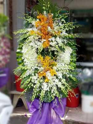 Đặt hoa chia buồn ở đâu