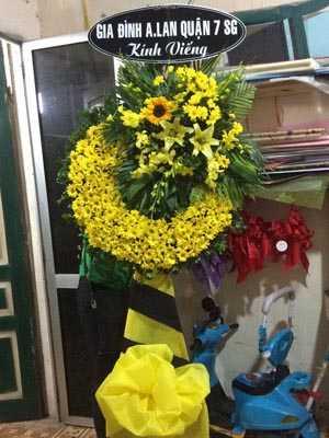 Hà Nội đặt hoa tang lễ ở đâu