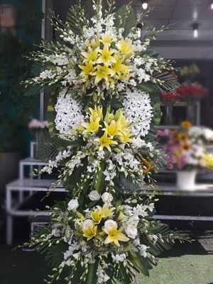 Hoa chia buồn 125 phùng hưng