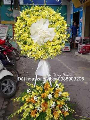 Hoa đám tang màu vàng