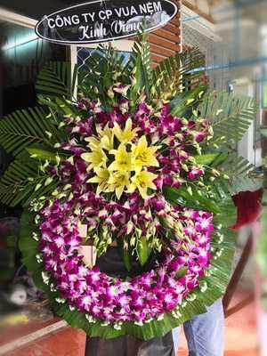 Hoa Tang Lễ Màu Tím