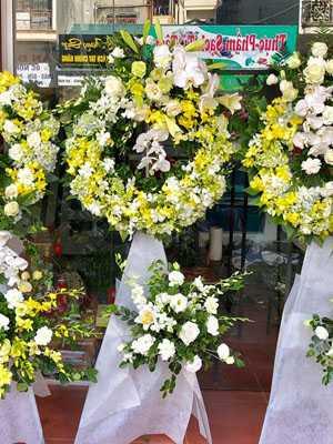 Mẫu hoa chia buồn giá rẻ
